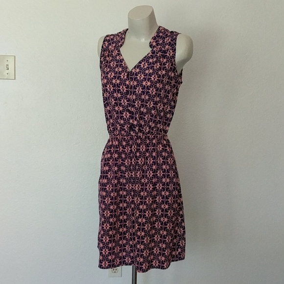 41 Hawthorn Dresses & Skirts - Geometric sleeveless dress (with pockets!)